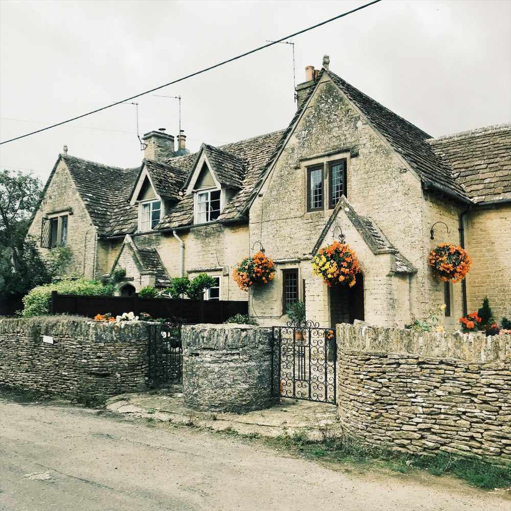 Things to do cotswolds, cotswolds cottage, cotswolds photography, Broadway, Bibury, cotswold walks, cotswold villages, stow on the wold, contswold countryside, Tetbury, Lower slaughter, cotswold pubs, cotswold hotels, cotswold travel, chipping campden, cotswold itinerary, cotswold walks, stone cottages, beautiful places, cotswold trips