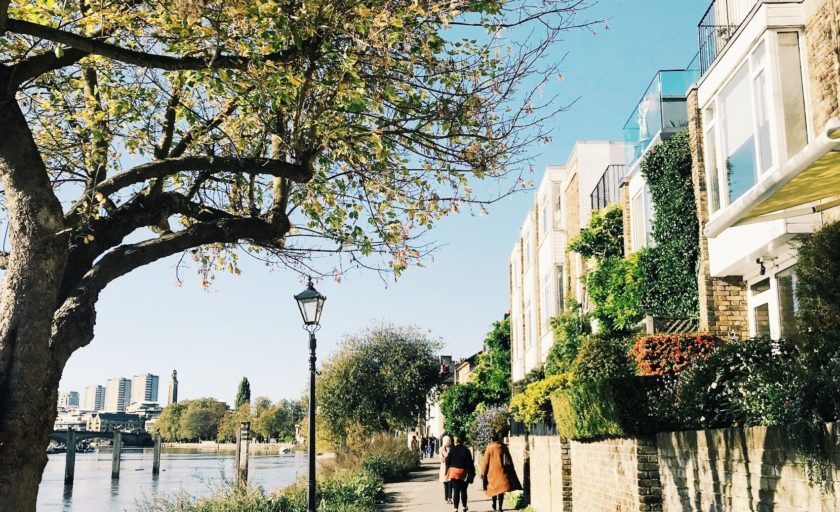 A Picture Guide to  Chiswick London