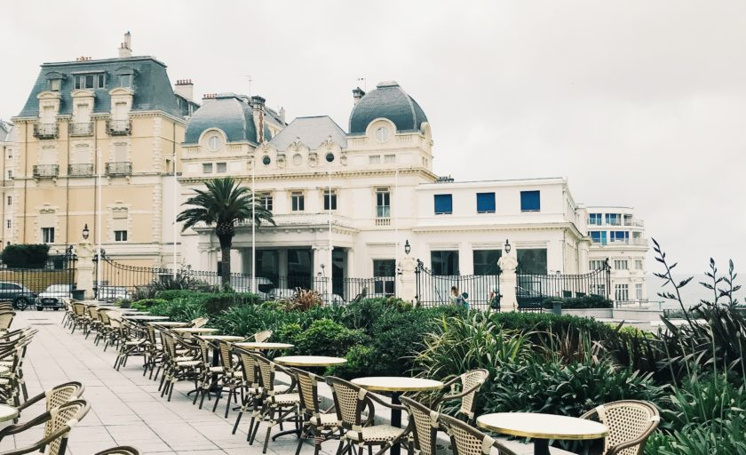 A Full Travel Guide to Biarritz, France